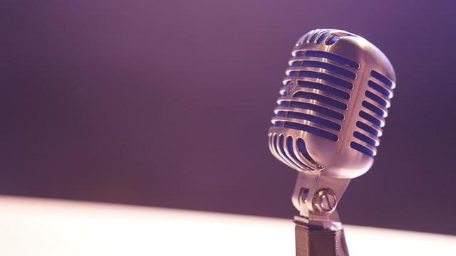 M&M Podcast Center
